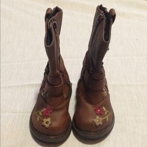 Children Place girl size 3 boots